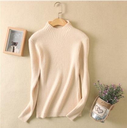 Women high collar sweater Beige